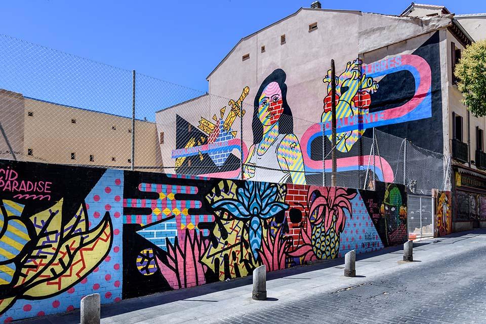 vista de un lugar donde hacer graffiti en madrid
